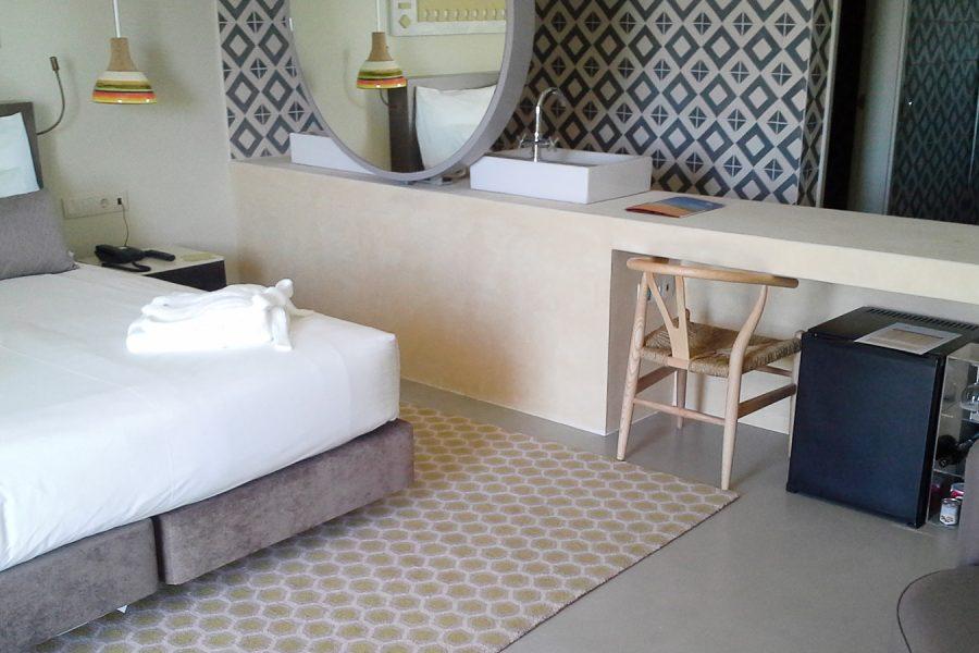 Hotel-ozadi-konkreto-cem-2